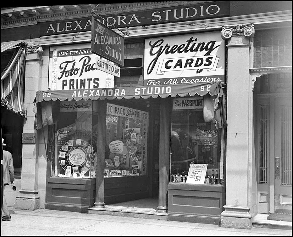 Alexandra Studio 92 King W 1954.jpg