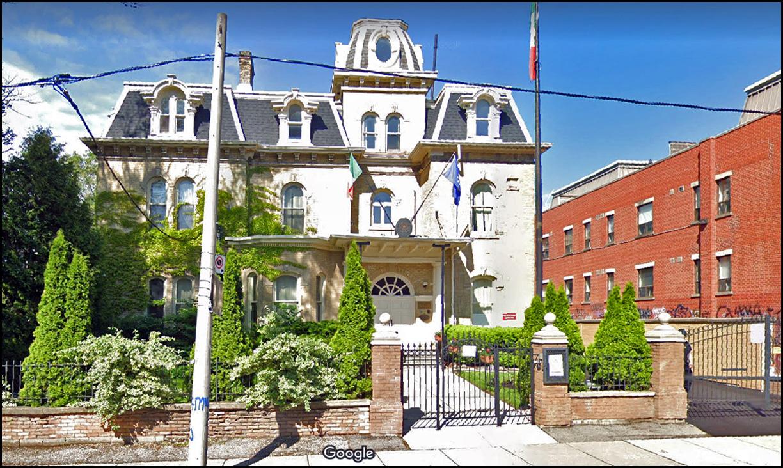 Beverley St., north west corner Dundas St. W. .jpg