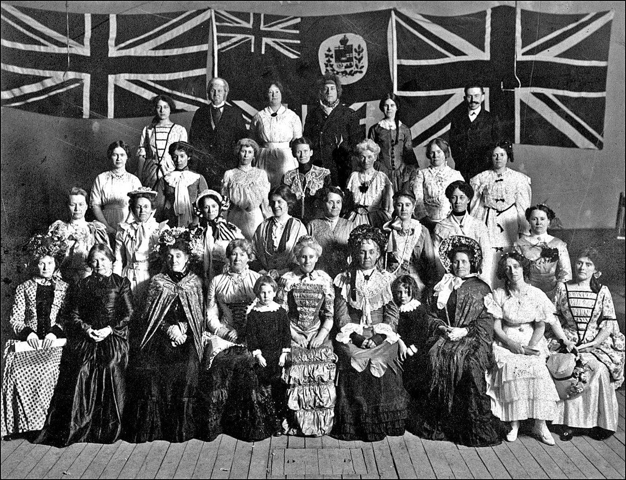 Cast of play produced by women of East Toronto, and William Hillock-upper right 1908   TPL.jpg