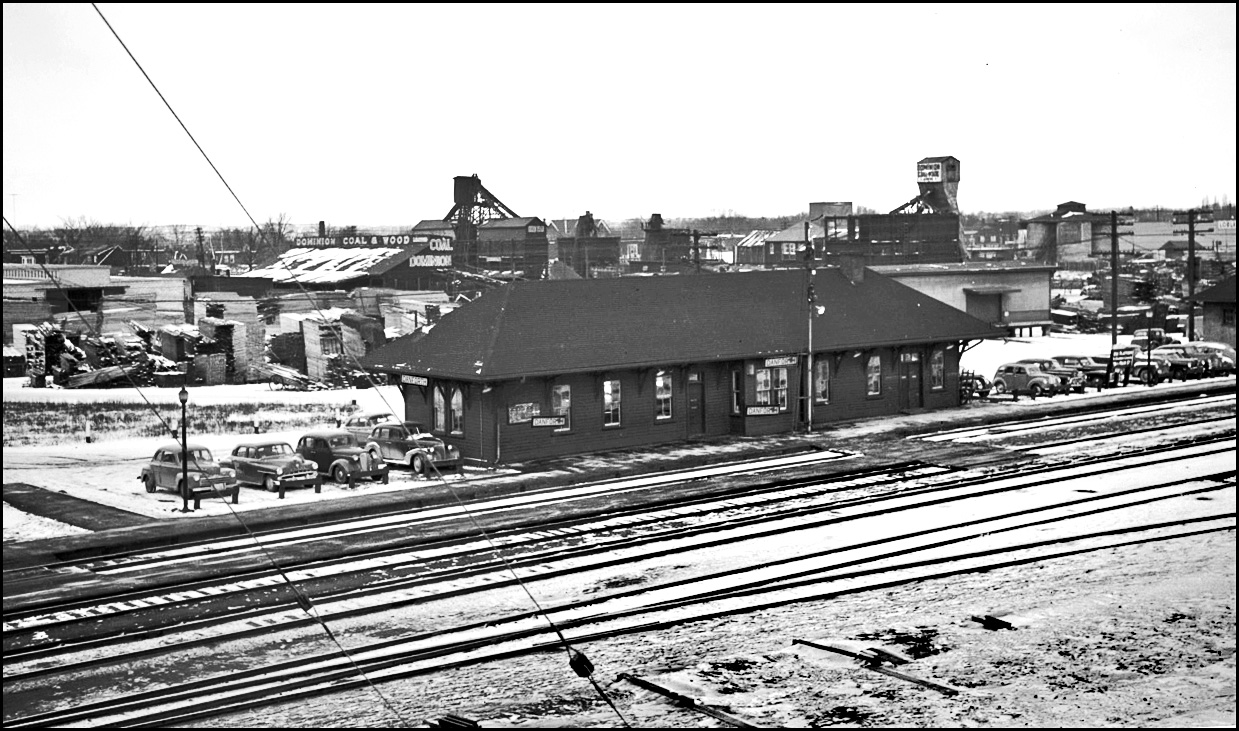 Danforth Station - 1953.jpg
