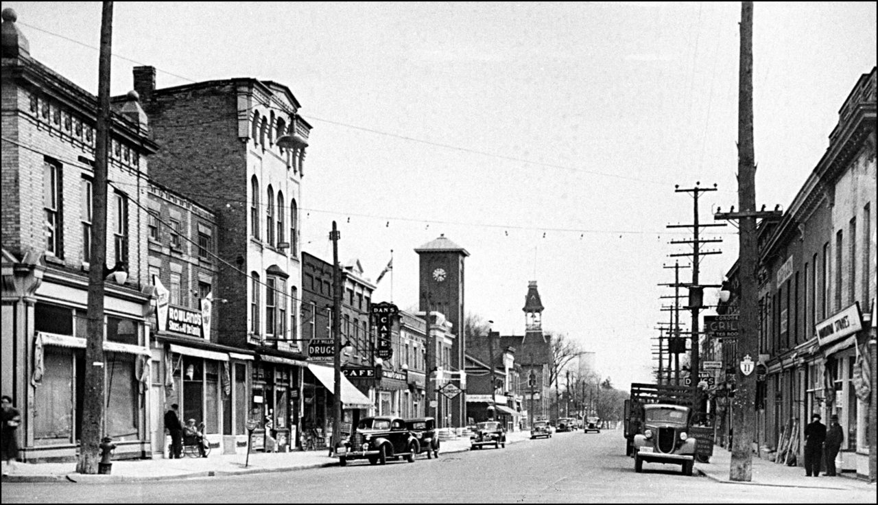 Downtown Aurora along Yonge Street, looking south from Wellington., Aurora, Ontario 1940  TPL.jpg