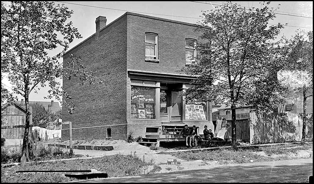 Earlscourt Photo Studio 1348 St. Clair W 1911.jpg