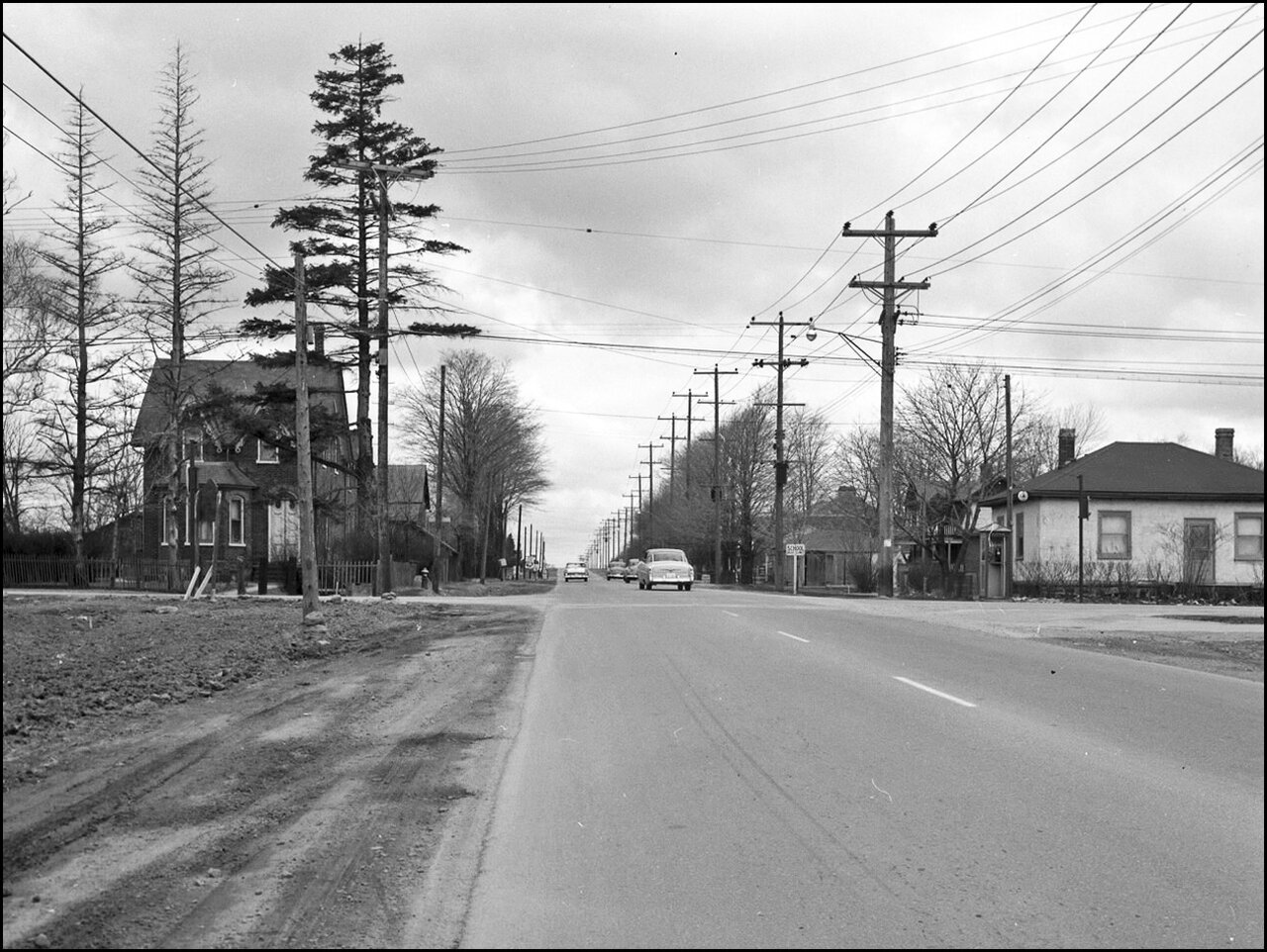Eglinton Ave. E., looking w. from e. of Markham Rd. 1956  TPL.jpg