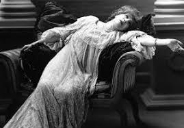 fainting couch.jpg