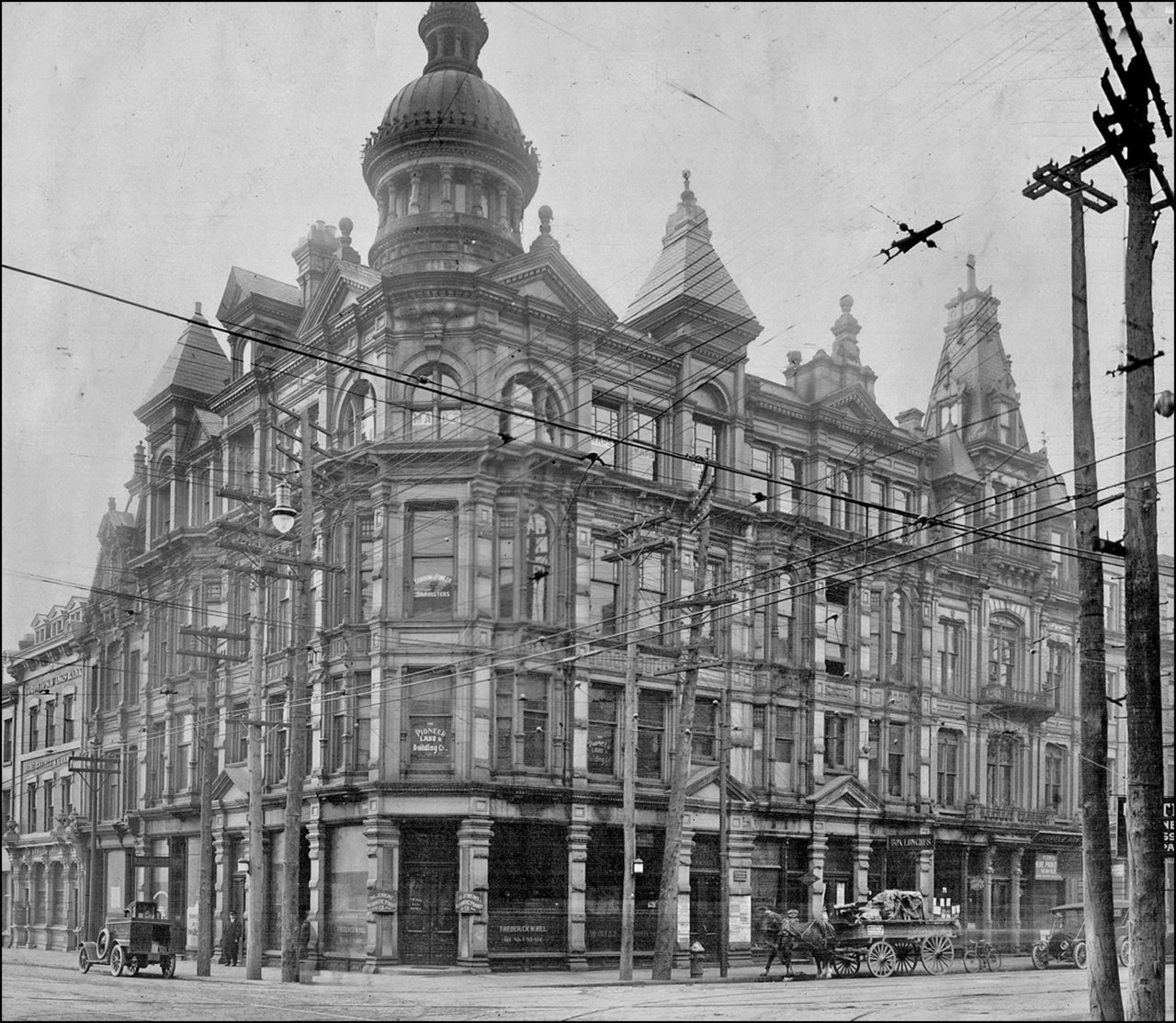 Grand Old Building 1914 unidentified by Public Library Archives.jpg
