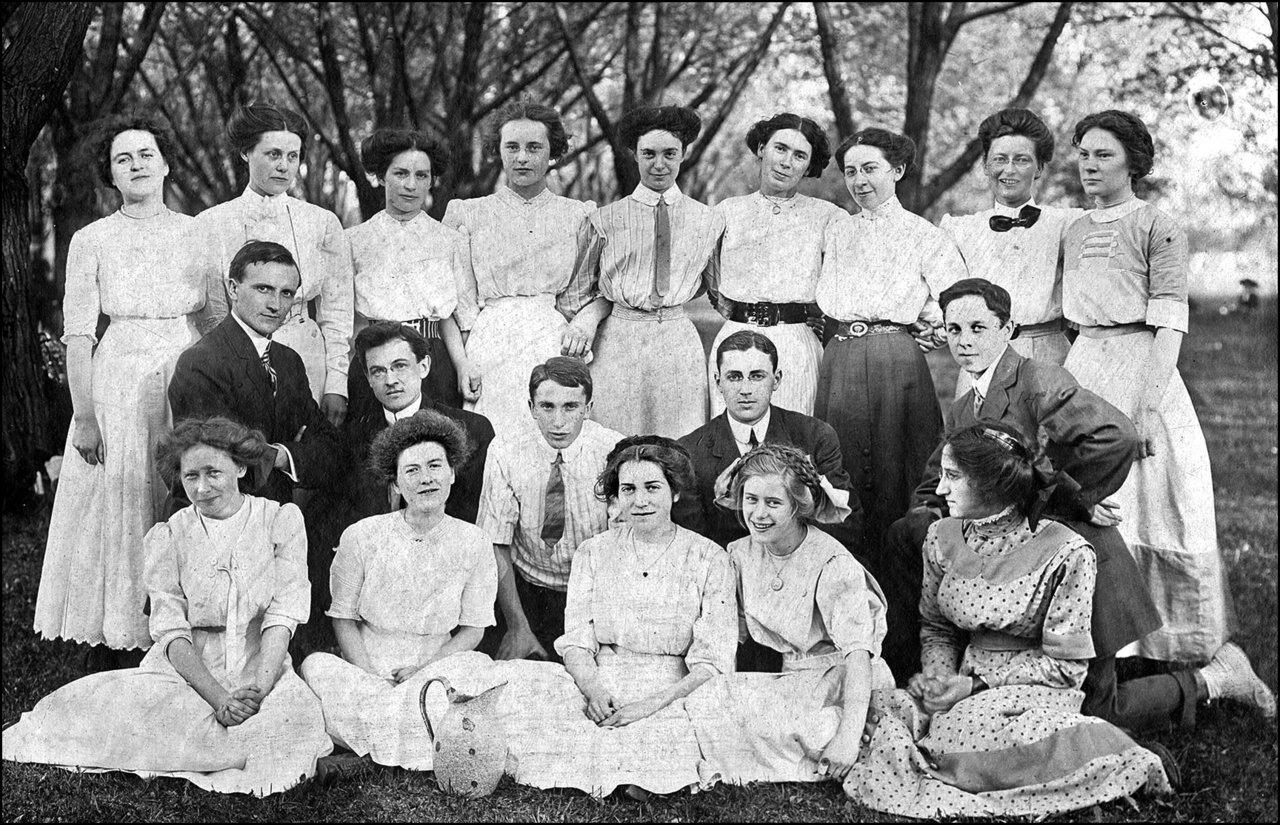 Group of young adults, possibly connected with Kew Beach Presbyterian Church 1911  TPL.jpg