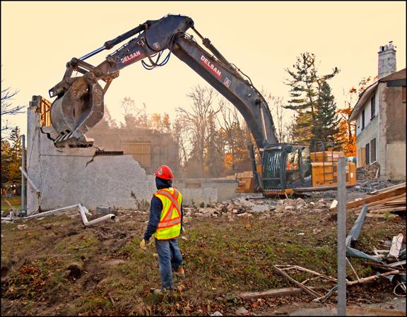 Guild demolition of east wing web Nov.2 711.jpg