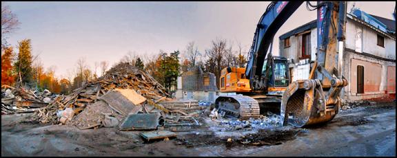 Guild Inn demolition panorama web Nov. 2 2015.jpg