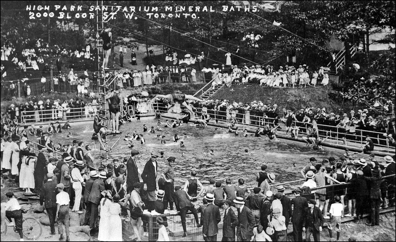 High Park Mineral Baths, Bloor St. W. 1915  TPL.jpg
