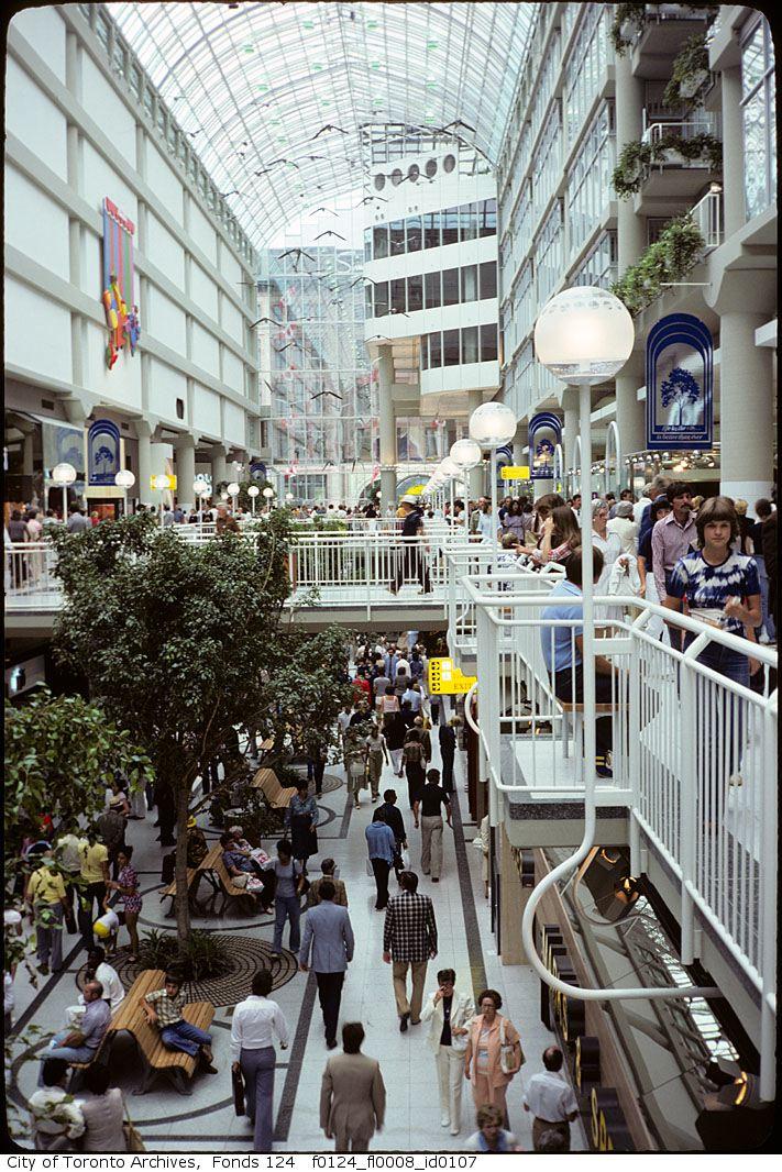 Inside Eaton Centre 1.jpg