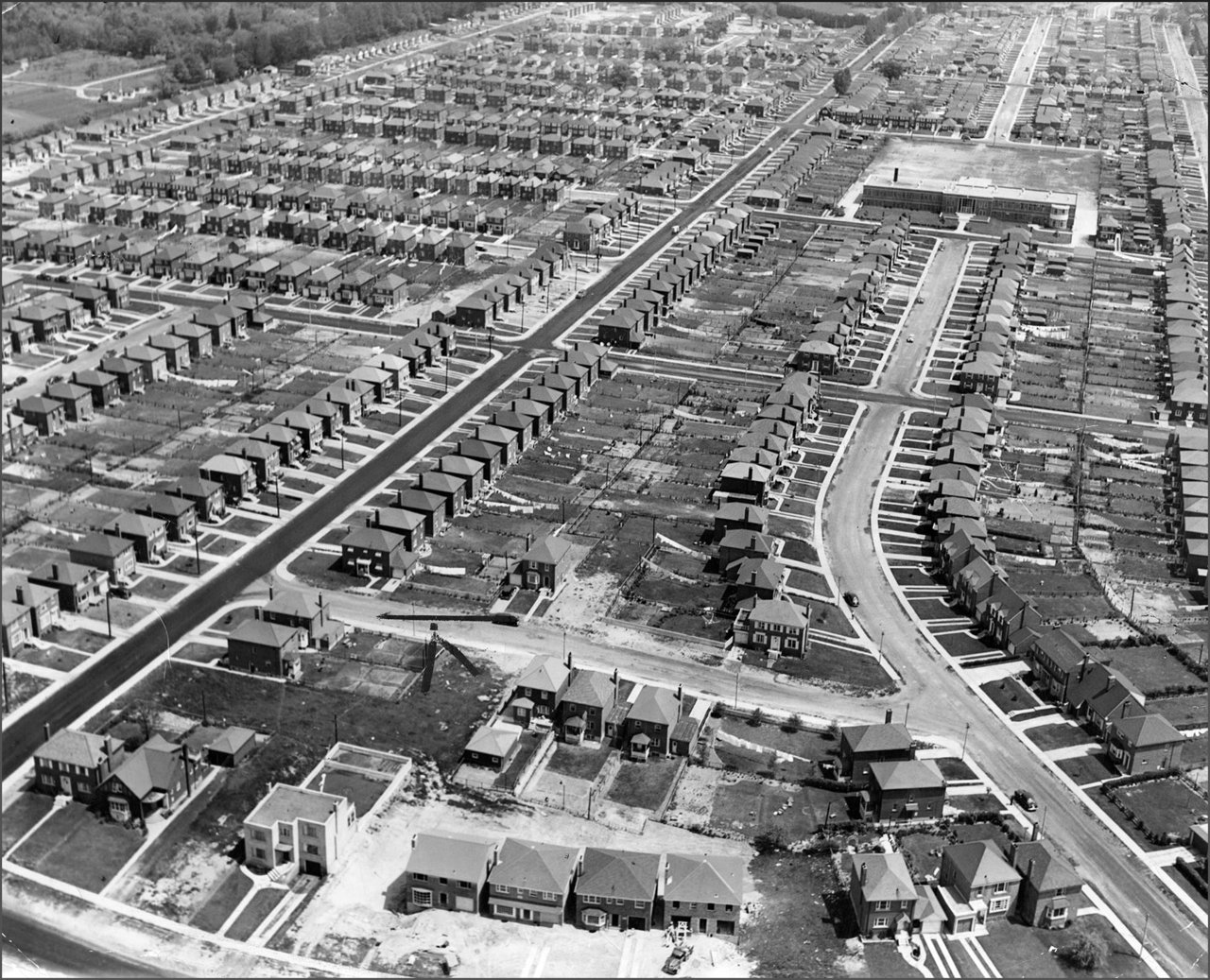Leaside 1950   TPL.jpg