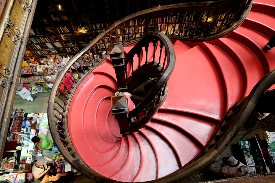 lellobookstore2.jpg
