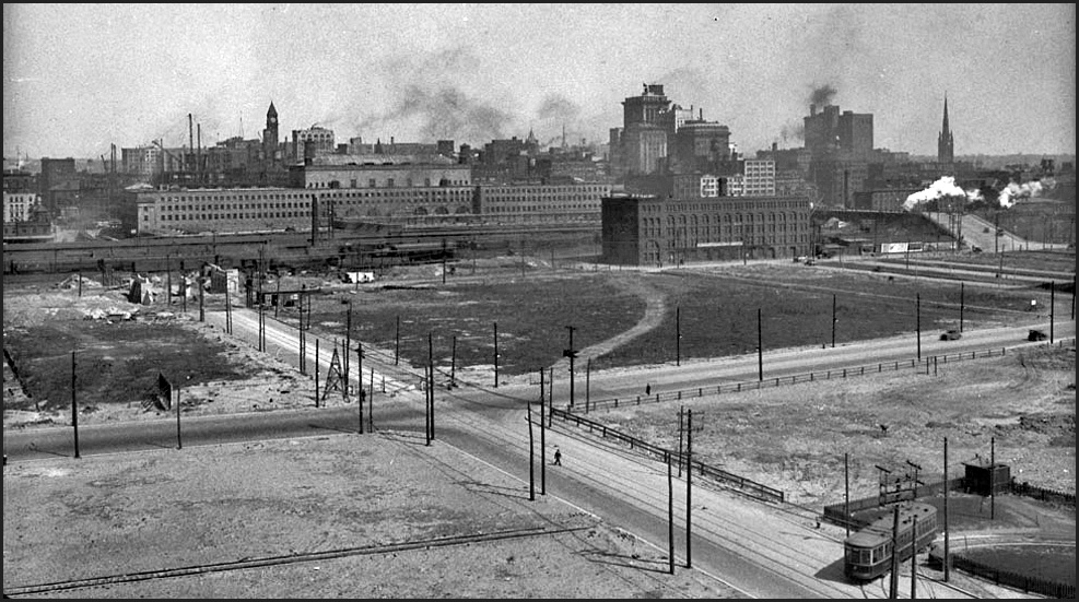 Looking N-E from Terminal Warehouse at York St. 1928  LAC.jpg