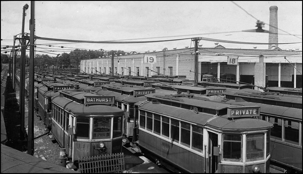 Old cars for sale Eglington Yard 1923  LAC.jpg