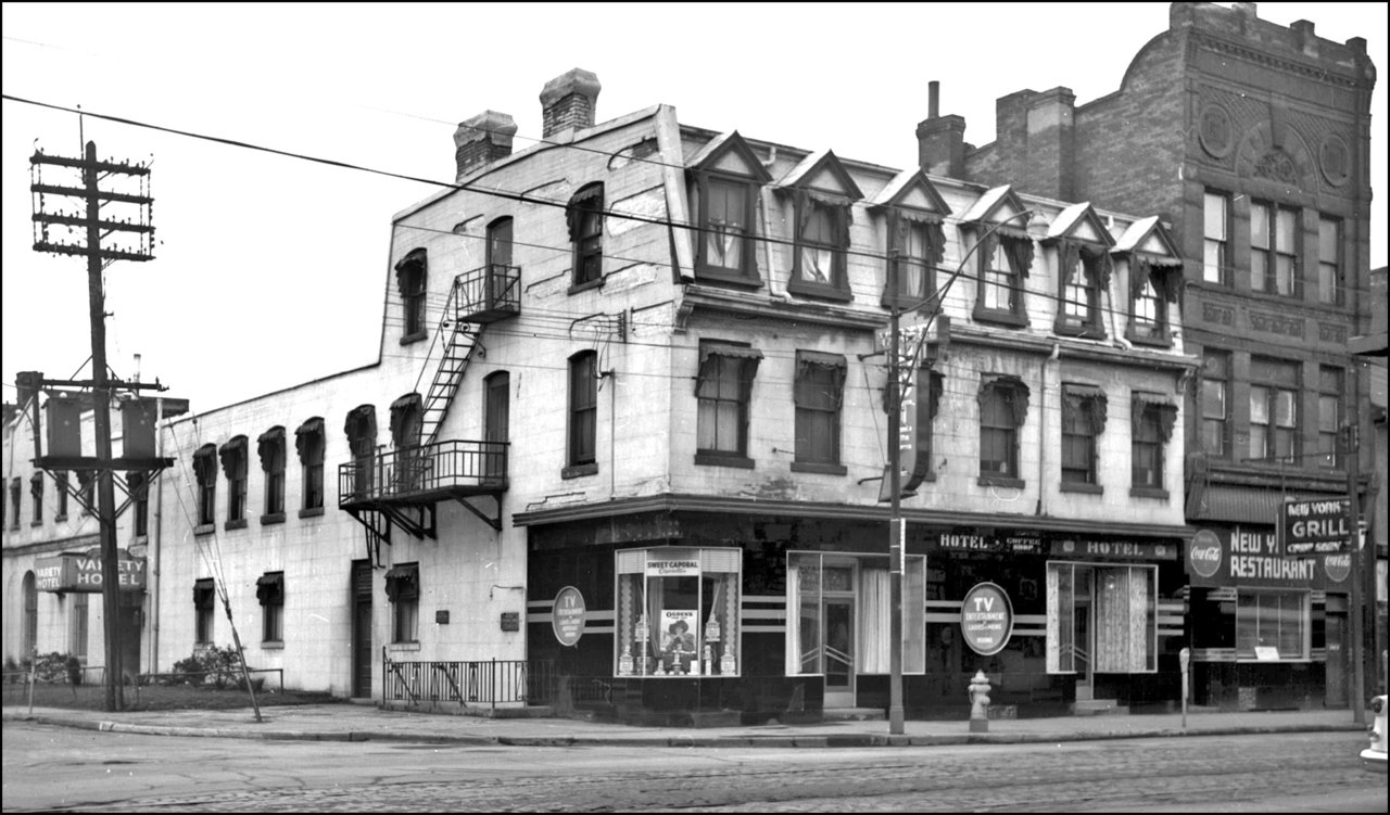 Osgoode House, Queen St. W., north east corner Chestnut St. 1955 (Became Hotel Aberdeen, c.190...jpg