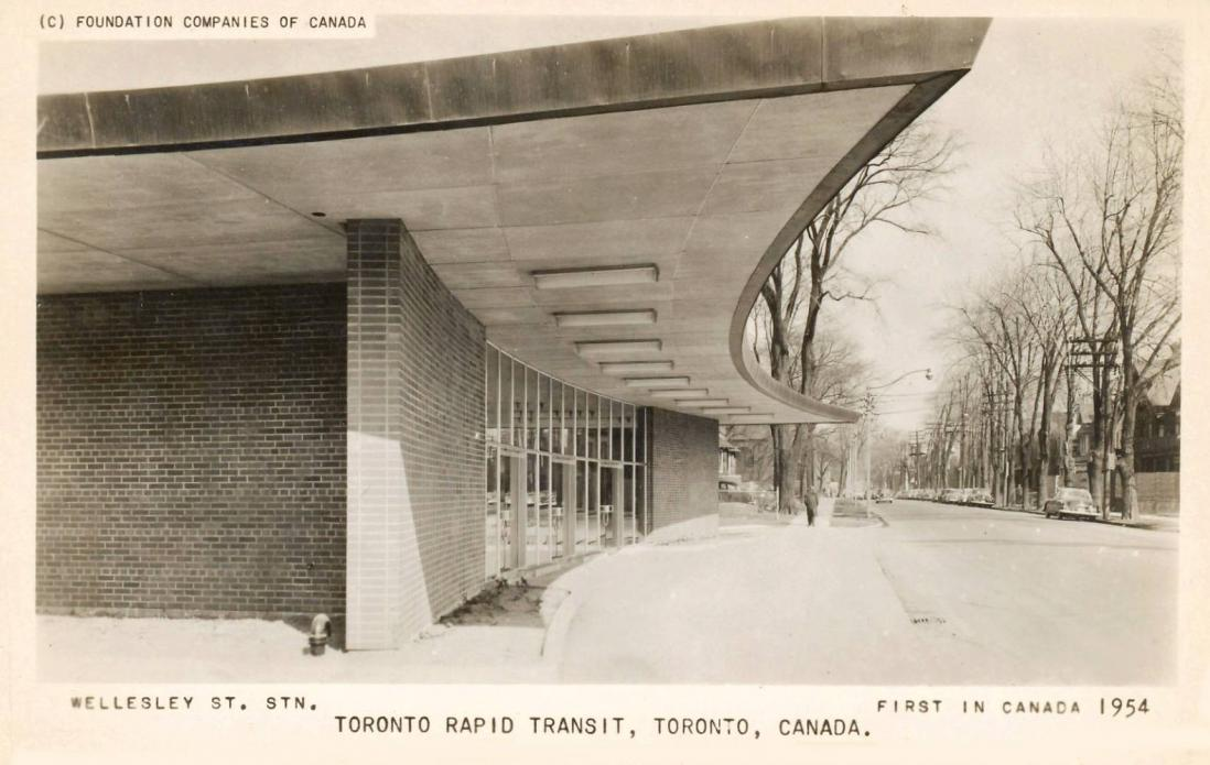 POSTCARD - TORONTO - WELLESLEY STREET STATION - BRAND NEW YONGE STREET SUBWAY - 1954.jpg