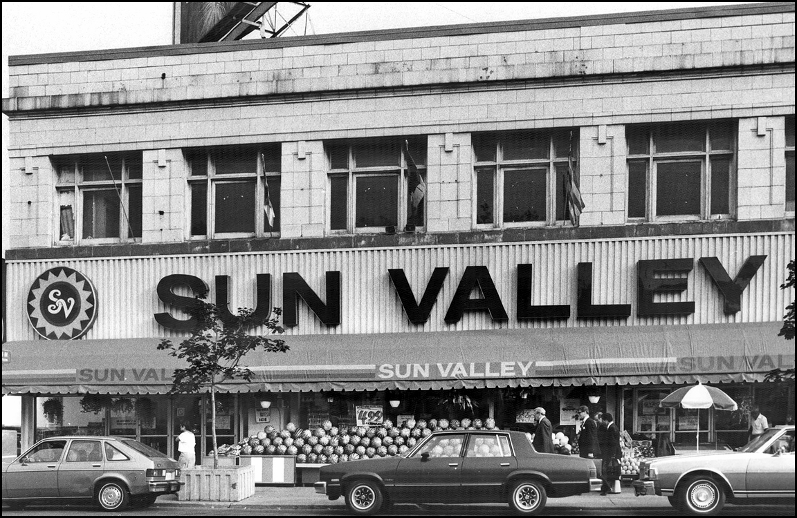 Sun Valley Fruit and Grocery, Danforth Ave., S:W corner of Gough Ave. 1984  TPL.jpg