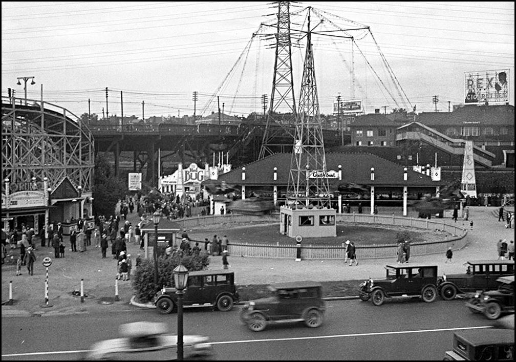 Sunnyside amusement area 1926  LAC.jpg