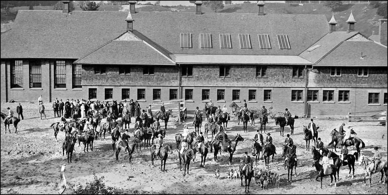 Toronto Hunt at Joseph Kilgour's new stables, Sunnybrook Farm, N of Eglinton Ave. E., between ...jpg