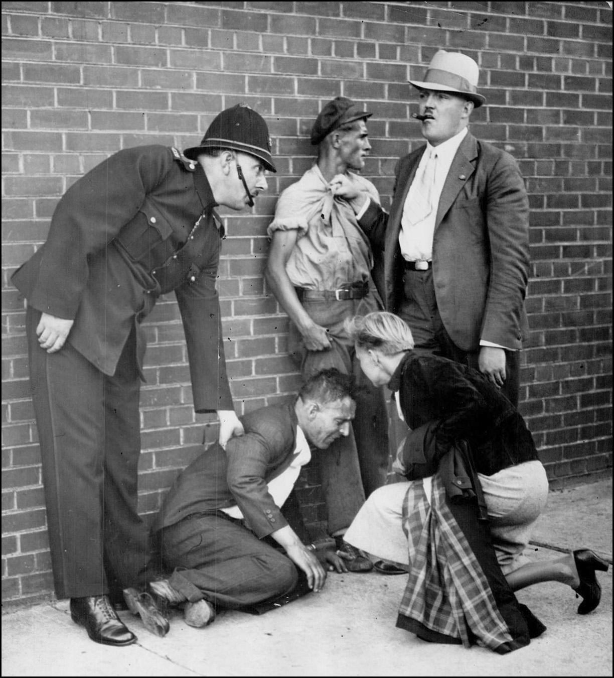 Toronto police arrest leftist demonstrators 1934 TPL.