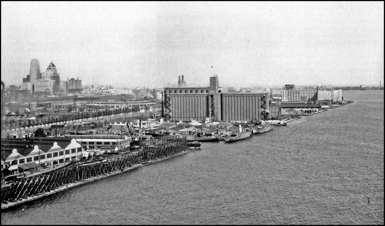Toronto shipyard 1944 minesweepers under construction.