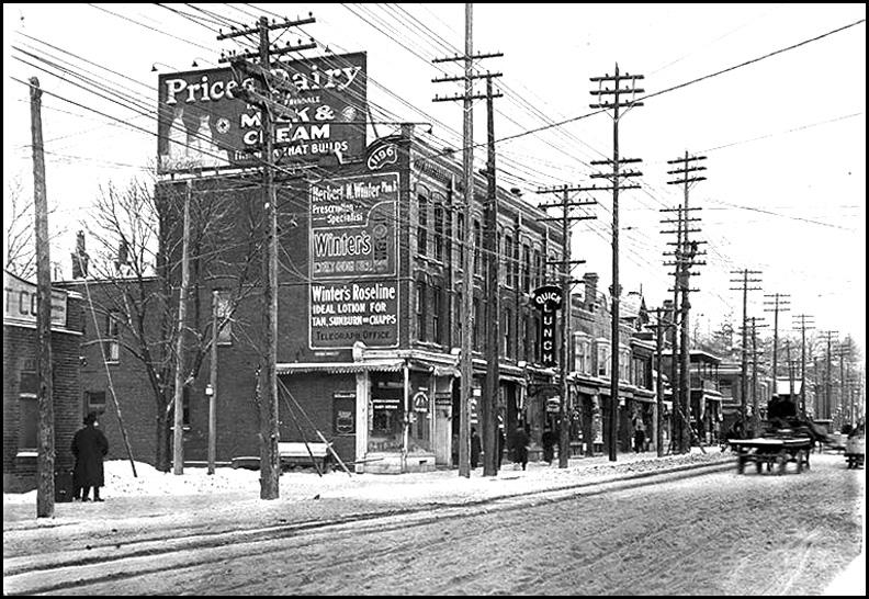 Yonge & Birch. looking north c.1912.jpg