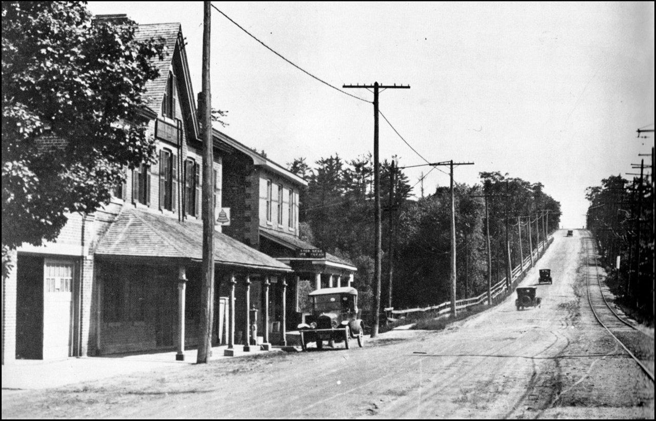 Yonge St. Jolly Miller 1920.