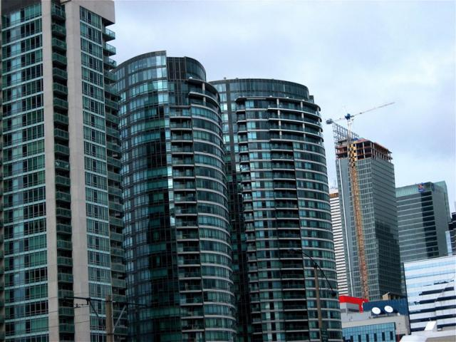 Residences at The Ritz-Carlton Toronto hotel and condo by Graywood Developments