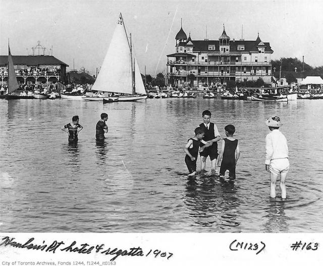 Hanlans Point Hotel and Regatta (Photo courtesy of Heritage Toronto)