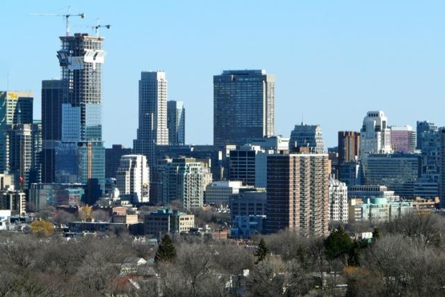 Four Seasons Hotel and Residences from Churchill Park Condos, image by Craig Whi