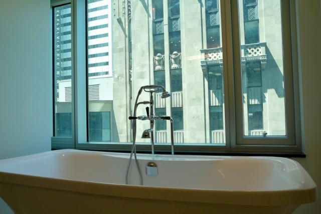 Bathtub with a view at the 12th floor of the Trump International Hotel and Tower