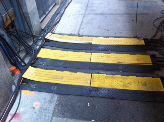 Wires sidewalks with multiple pedestrian covers.