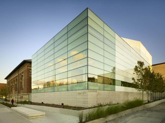 Bloor/Gladstone Library by Build Toronto/TEDCO, image courtesy of the Pug Awards