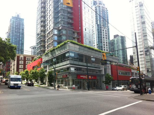 The RItz Coal Harbour condo Vancouver