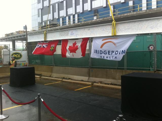 Last beam at Bridgepoint Hospital topping-off ceremony, Toronto