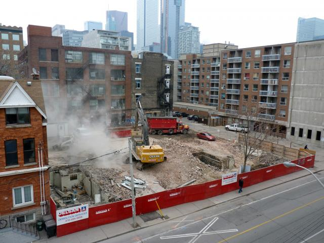 Demolition to make way for 12 Degrees condo nears completion, Toronto