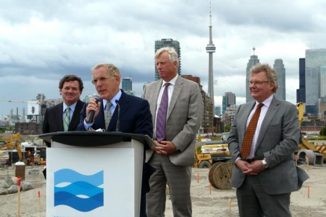 Ontario Minister of Infrastructure Bob Chiarelli speaking