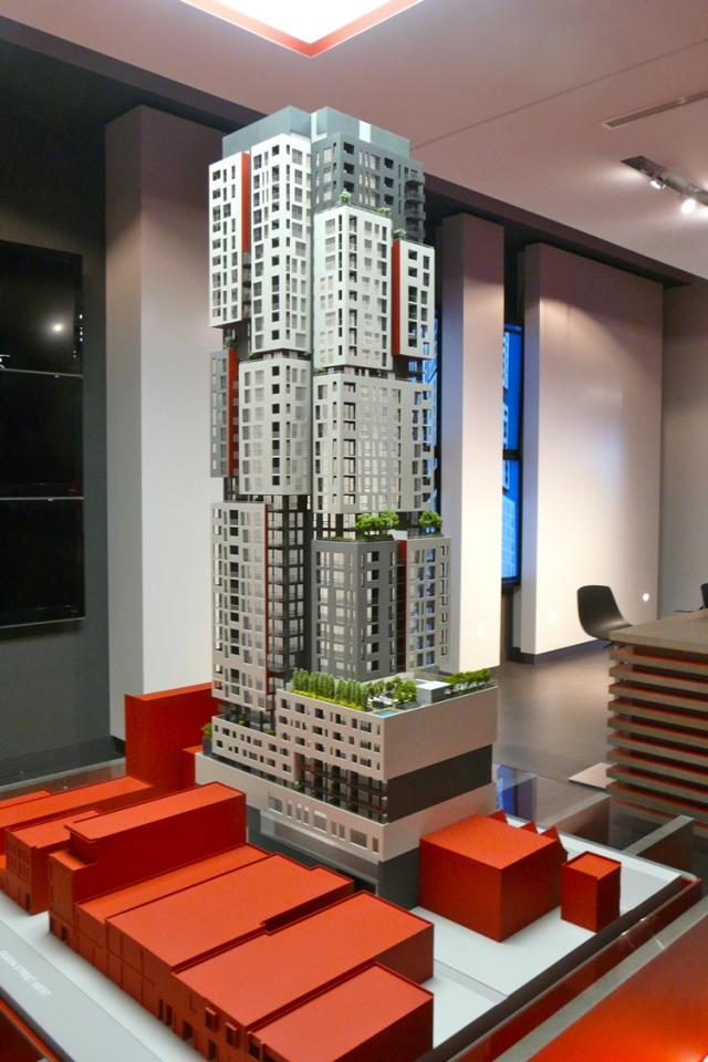 Picasso Condos, Toronto, by the Goldman Group and the Monarch Group
