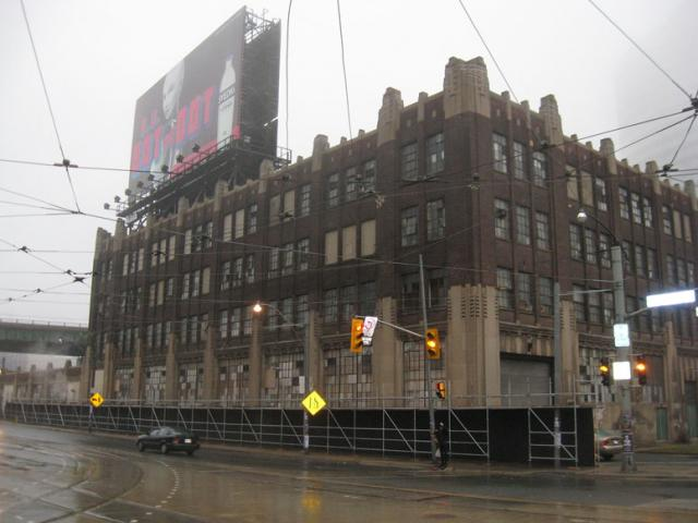 Lakeshore Loblaws, Toronto