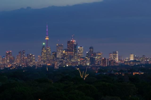 Downtown Toronto from Riverdale / Leslieville