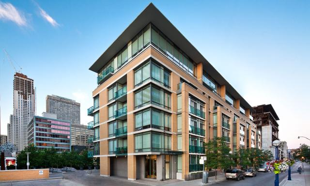 The Villas at 18 Yorkville condo Toronto by architectsAlliance
