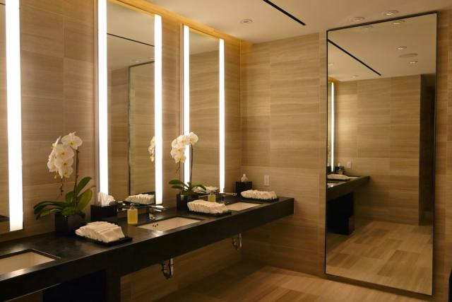 In the mens' room outside Café Boulud at Toronto's new Four Seasons, image by Cr