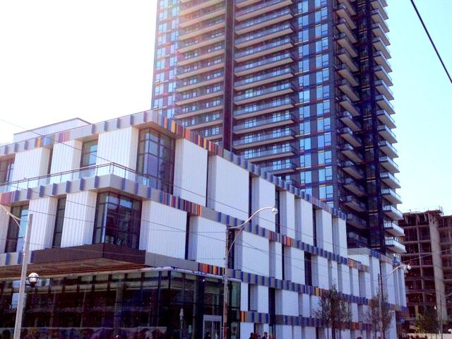 Paintbox Bistro, Toronto Condos, Daniels Corporation, Diamond Schmitt