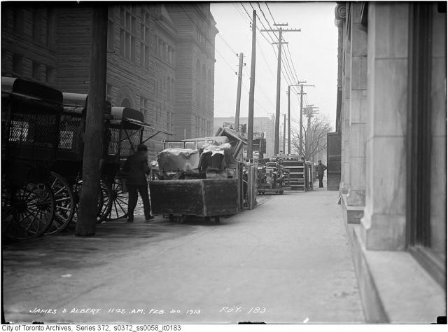 James and Albert streets, Toronto, 1913