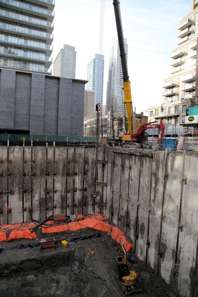Construction at Chaz Yorkville