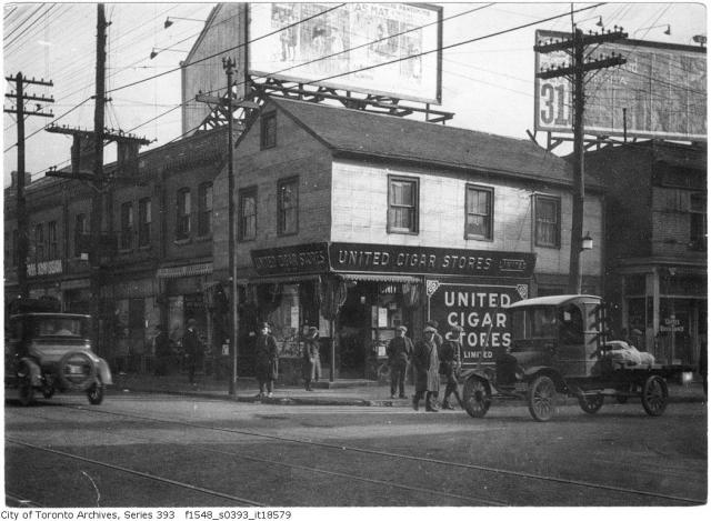 Richard Harper House, Queen and Simcoe, Toronto, circa 1923