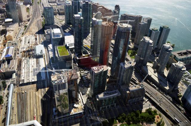 CN Tower, downtown Toronto, Toronto condos, harbourfront, Union station