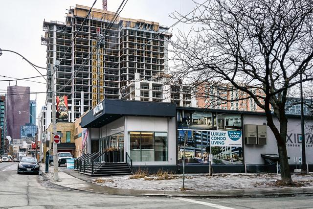 Axiom Condos, Greenpark Homes, Fieldgate Homes, Kirkor Architects Planners