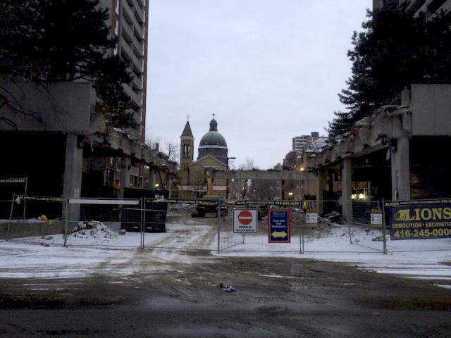 Demolition at 545-565 Sherbourne, image by rdaner