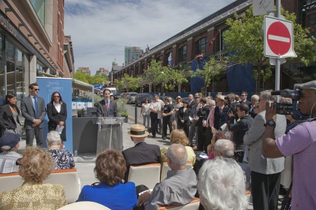 Market Street is launched to the public. Image by Jack Landau, 06/04/2014.
